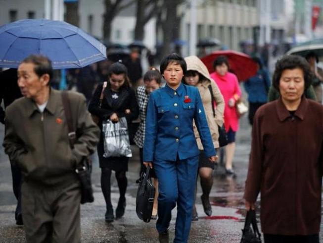 Giữa căng thẳng, Bình Nhưỡng đón mưa trong bình lặng