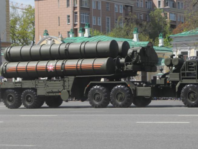 Thổ Nhĩ Kỳ: Sắp có thỏa thuận mua tên lửa S-400 của Nga