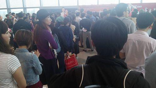 Hơn 100 hành khách bị hủy chuyến bay do thời tiết xấu