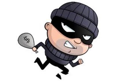 Đi du lịch bị trộm vào nhà lấy két sắt