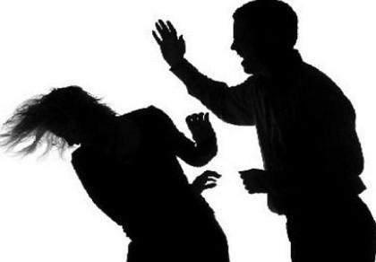Nghi án hướng dẫn viên Trung Quốc 'dỏm' đánh vợ
