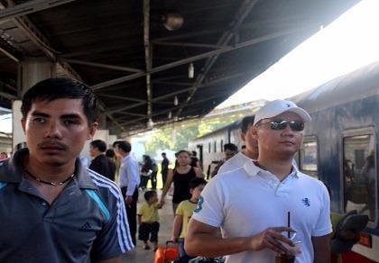 Ga Sài Gòn đông nghẹt hành khách dịp lễ 2-9