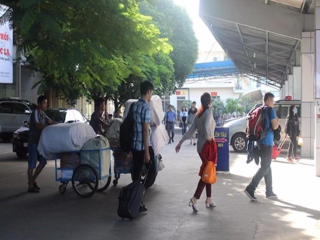 Ga Sài Gòn vận chuyển miễn phí hàng cứu trợ miền Trung