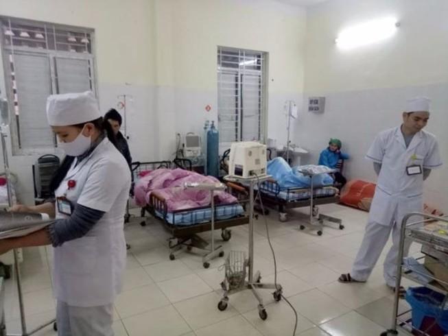81 người nhập viện sau khi ăn cỗ cưới tại Hà Giang