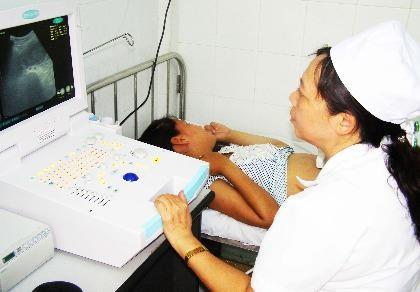 """2/3 trường hợp """"tử vong mẹ"""" có liên quan nhân viên y tế"""