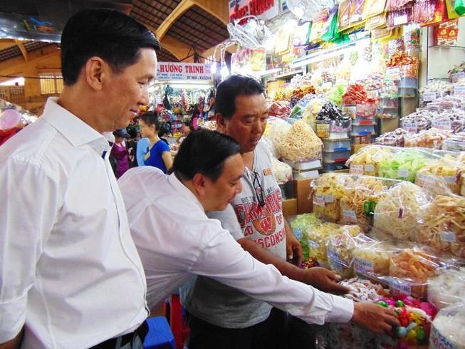 Thực phẩm bán tại chợ Bến Thành phải rõ nguồn gốc