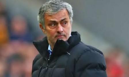 Mourinho truyền mật lệnh cho cầu thủ Chelsea