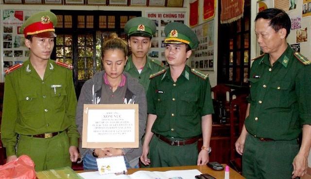 Bắt hai đối tượng mang ma túy từ Lào vào Việt Nam tiêu thụ