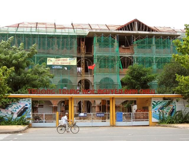 Ngôi trường cổ nhất miền Tây đang được… hiện đại hóa