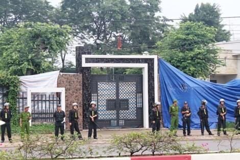 Clip lực lượng chức năng thực nghiệm hiện trường vụ thảm sát ở Bình Phước