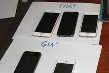 'Đại gia' mang theo 14 điện thoại iPhone giả đi lừa đảo