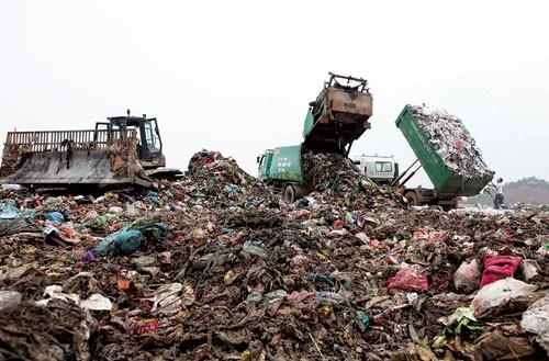 Gần 500 doanh nghiệp 'gánh' 28 triệu tấn rác/năm
