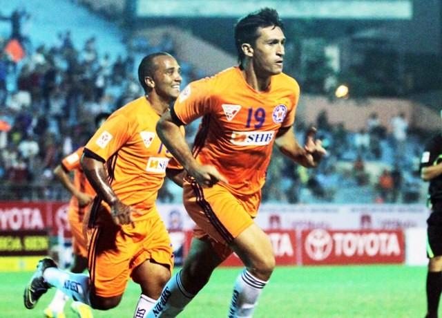Merlo giúp SHB Đà Nẵng lên ngôi nhì bảng V-League
