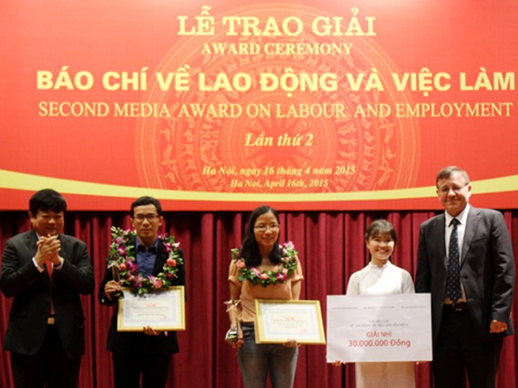 Công bố giải thưởng báo chí lao động, việc làm