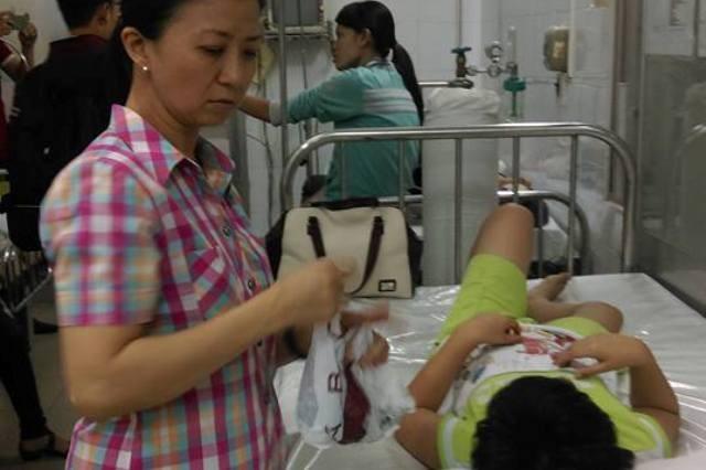 Học sinh Trường Trần Quang Khải, quận 1 ngộ độc sau bữa ăn