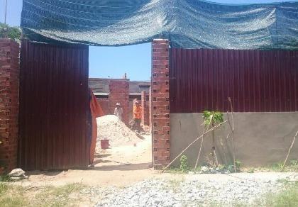 Tạm giữ một chủ thầu xây dựng 'bảo kê' xây nhà không phép