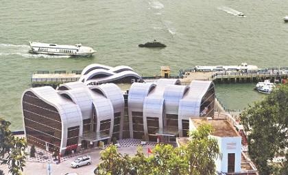Cảng bến tàu cánh ngầm giúp tiền cho du khách bị mất ví