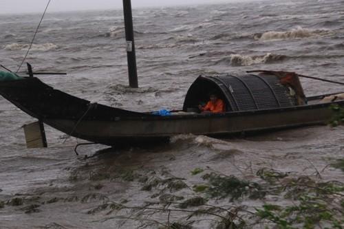 Nhiều tàu cá chìm trên vùng biển Đà Nẵng