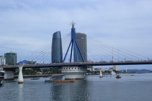 Đà Nẵng điều chỉnh giờ quay cầu Sông Hàn