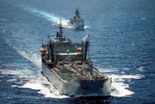 Hải quân Việt Nam và Úc trao đổi về năng lực kiểm soát tàu lạ