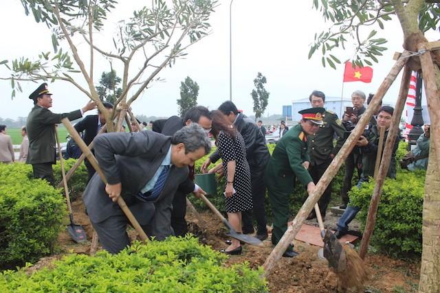 Huế phát động toàn tỉnh trồng cây nhớ Bác