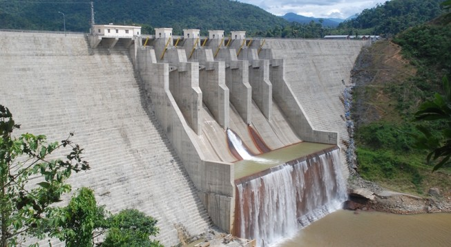 Thủy điện Đắk Mi 4 lại bị tố ăn cắp nước