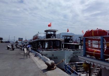 Tàu du lịch trên sông Hàn bắt đầu hoạt động trở lại
