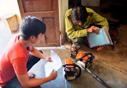 Quảng Nam: Bắt 3 nghi can phá rừng