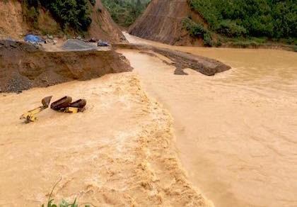Quảng Bình: Lũ trên sông Gianh đang xuống