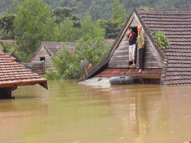 23 người chết và mất tích vì mưa lũ