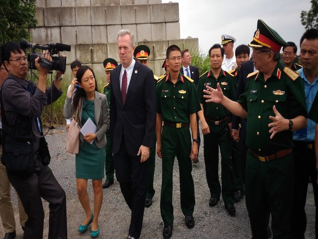 Bấm nút xử lý dioxin giai đoạn 2 tại sân bay Đà Nẵng