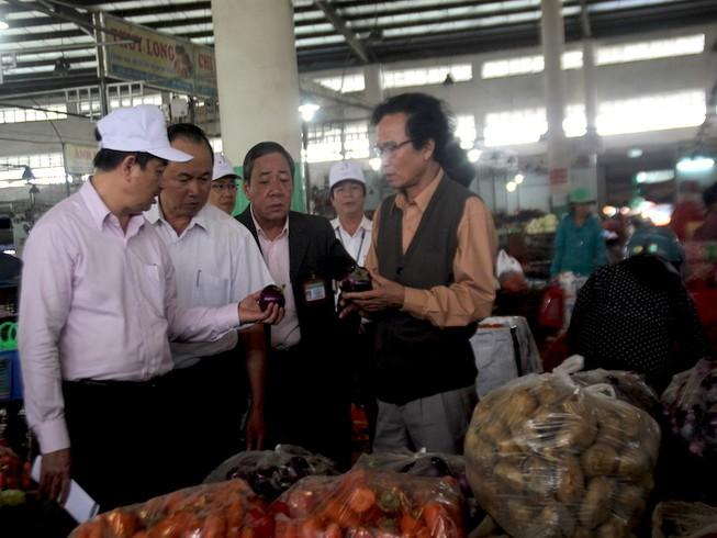 Buộc kê khai xuất xứ hải sản, rau củ trước khi vào chợ