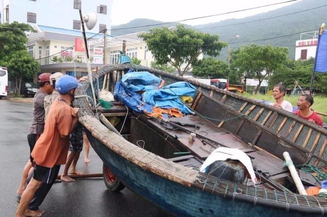 Bão số 10: Quảng Nam, Đà Nẵng theo dõi sát sao hồ chứa