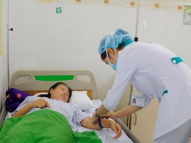 9 du khách ngộ độc thực phẩm tại Đà Nẵng