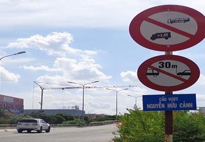 Cầu vượt Nguyễn Hữu Cảnh sẽ được sửa chữa ra sao?