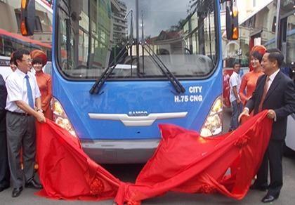 TP.HCM: Sẽ có 1/3 xe buýt chạy bằng khí CNG