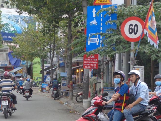 TP.HCM: Đề xuất giảm tốc độ xe 10 km/giờ