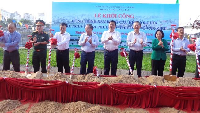Xây cầu nối đường Võ Văn Kiệt với cầu Nguyễn Tri Phương