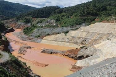 Thấy gì từ vỡ cửa đập thuỷ điện Sông Bung 2