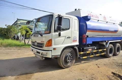 Bộ Công an bắt hơn 30 người rút ruột xăng dầu