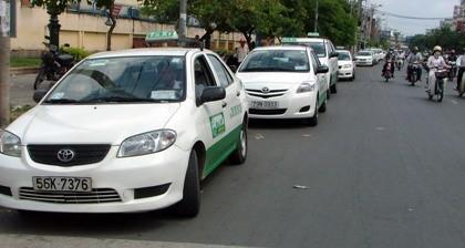 Mỗi ngày cả trăm người đi taxi 'thất lạc hành lý'