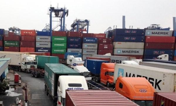 Cảng Cát Lái thu 'phí chống ùn tắc' 50.000 đồng/giờ