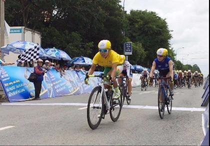 Tay đua Nguyễn Thị Thật bất ngờ bị đánh bại tại đích đến
