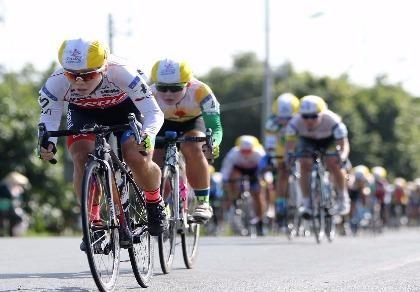 Tay đua Hàn Quốc khóc nức nở vì bị dẫn nhầm lộ trình