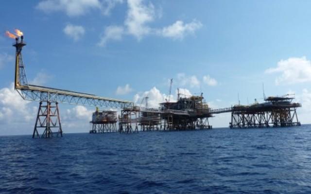 PVN lên kế hoạch đối phó nhà thầu nước ngoài phá giá dịch vụ dầu khí