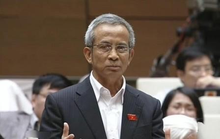 Đại biểu Quốc hội đề xuất dân sự hóa quần đảo Trường Sa