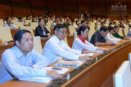 Quốc hội hoãn thông qua xóa nợ thuế cho doanh nghiệp nhà nước