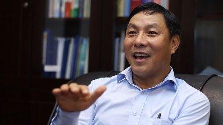 Thứ trưởng Bộ KH&ĐT: 'Tôi luôn mặc vest của May 10'