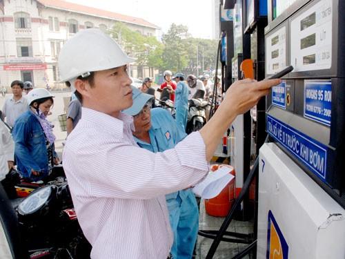 Thứ trưởng Bộ Công Thương: Giá xăng có thể được điều chỉnh hằng ngày
