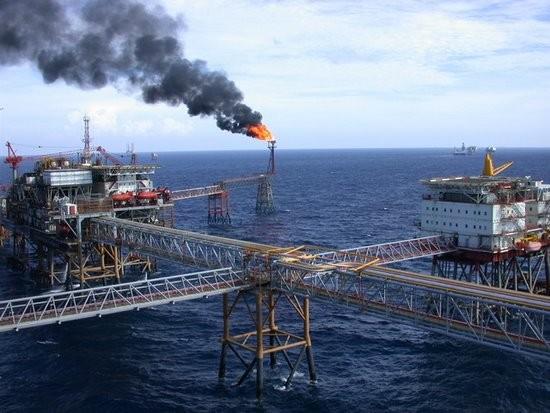 Nhiều công ty con của Tập đoàn Dầu khí lỗ do giá dầu giảm mạnh
